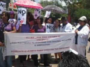protesta femicidio fuente ABRIL 2011