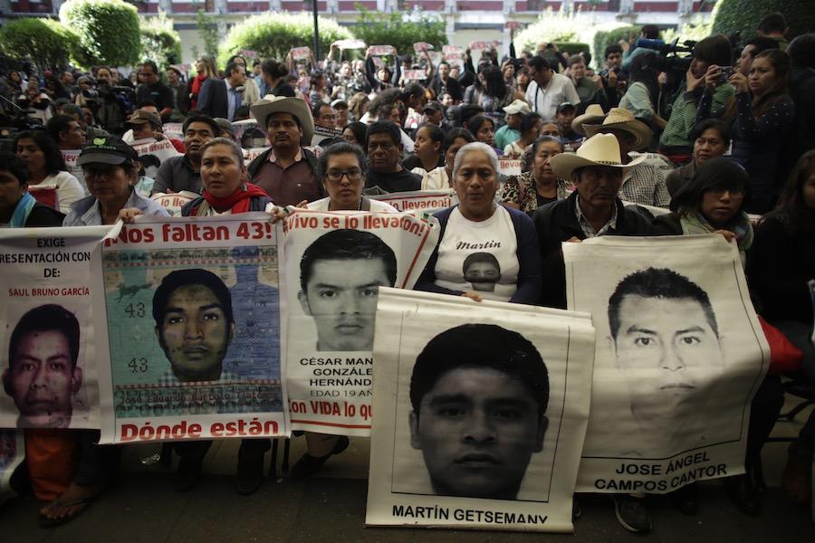 """Encubrimiento en lugar de Esclarecimiento:  Tres años después de la desaparición de los 43 estudiantes de Ayotzinapa, el gobierno mexicano mantiene su versión de la """"Verdad Histórica"""""""