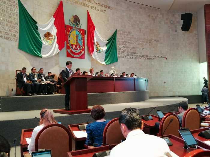 Congreso del Estado de Oaxaca debe proceder a la destitución inmediata del Fiscal General, luego de la comparecencia.